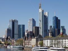 U.S. Profit Boom Leaves Europe Trailing