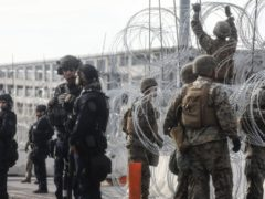 Pentagon Extends Deployments at Mexican Border to September